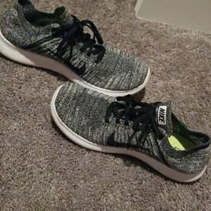 Popular Nike Free Run Flyknit